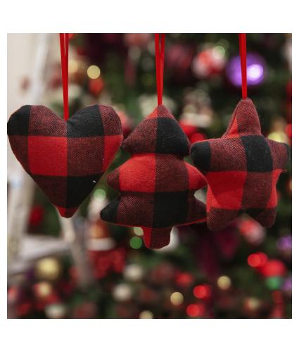 Red & Black Plaid Triple Hanging Decorations