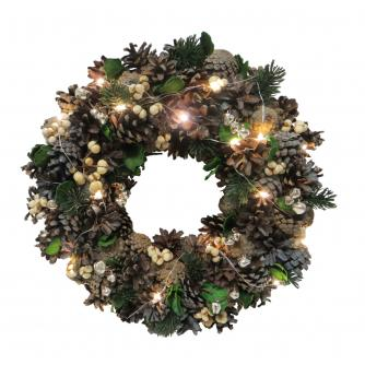 LED Lit Christmas Wreath - Traditional